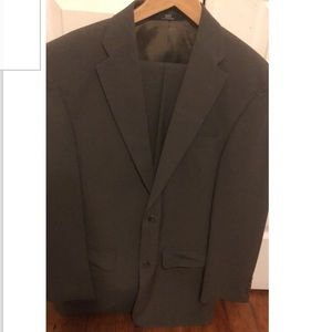 Haggar Black Label Suit